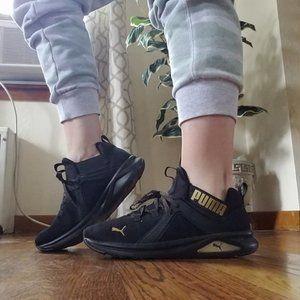 LIKE NEW Puma Enzo sneakers